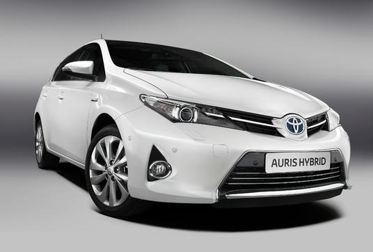 Toyota Auris 2 Hybrid