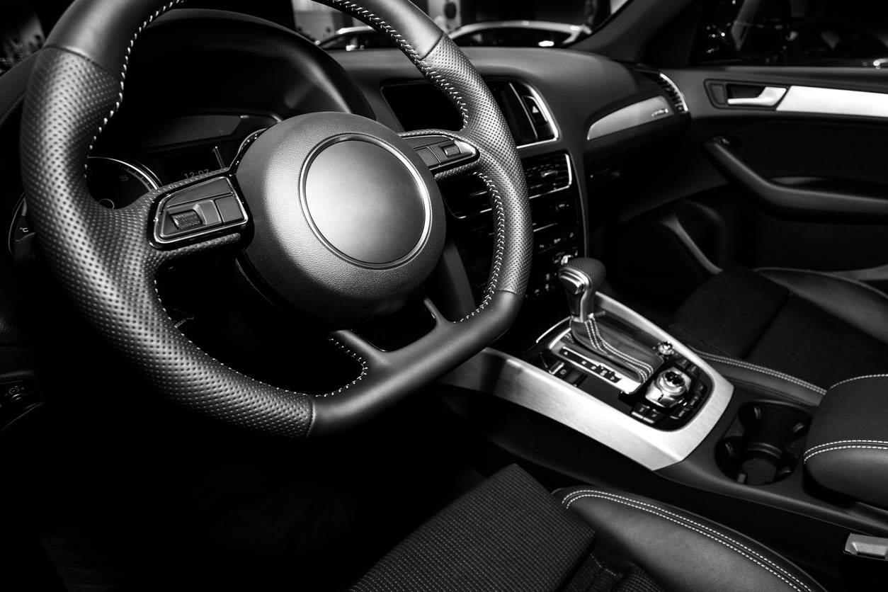 protection voiture de luxe